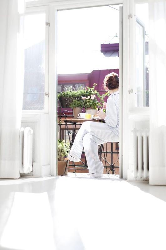 summer breakfast on the balcony