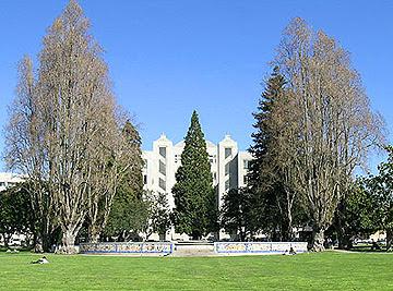 BAHA News: Berkeley Historical Society Fall 2007 Walking Tours