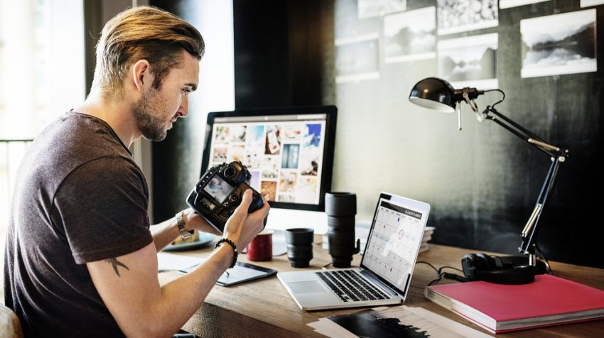 To open a photography business, you need two things: the skills and the gear. Here's a list of the equipment you need to start a photography business.