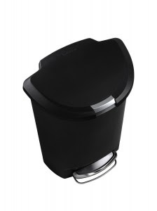 Dog Proof Trash Can Comparison Plus How To Diy New Dog Owners