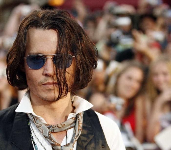 As melhores 'caras' de Johnny Depp