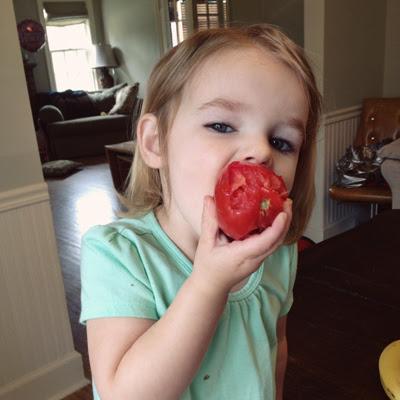 tomato loving gal