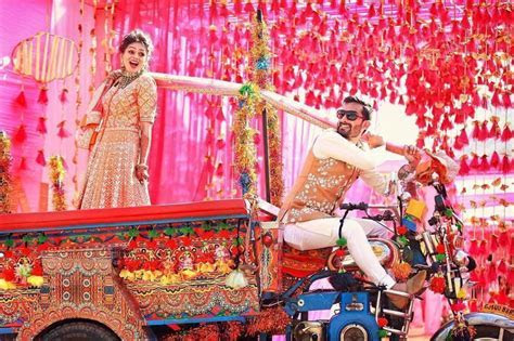 Bride Entry Ideas   Top 10 Trends that'll make your Groom