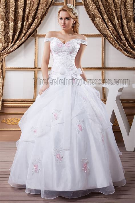 Gorgeous Ball Gown Off the Shoulder Embroidered Wedding