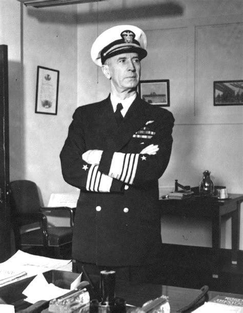 The tall grandfather in uniform   Spotlight   stardem.com
