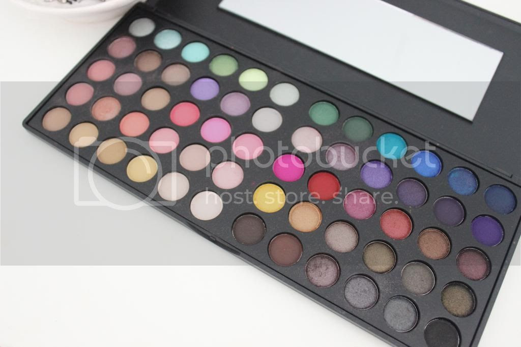 photo BHCosmetics-60ColourDayampNightPalette.jpg