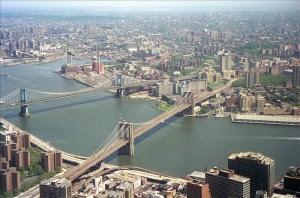 Dos costarricenses permanecen detenidos en Nueva York. Archivo