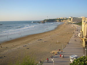 La Grande Plage, the town's largest beach