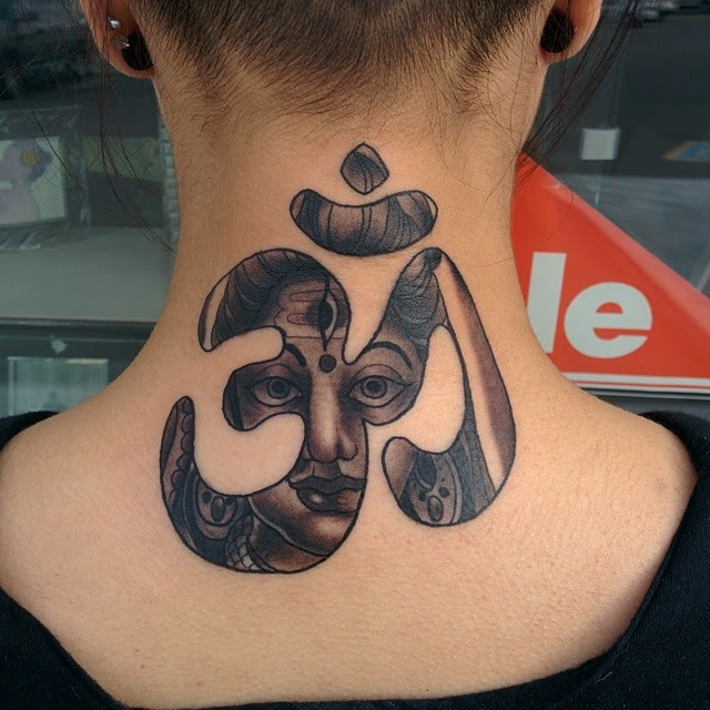 45 Back Of The Neck Tattoo Designs Meanings Way To The Mind2018