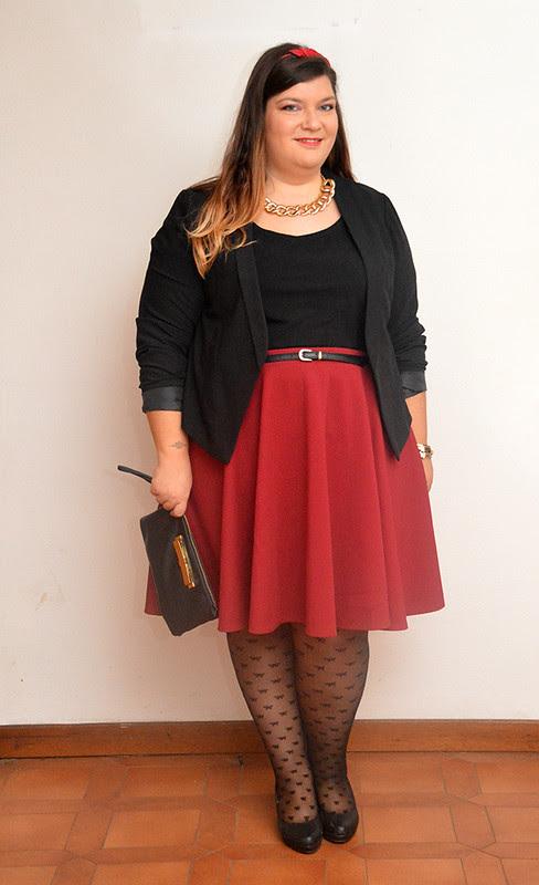 outfit borgogna e nero5
