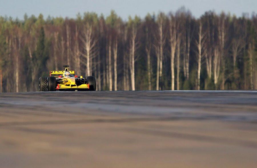 Vladimir Putin is making a test-drive race car team Renault, November 7, 2010.