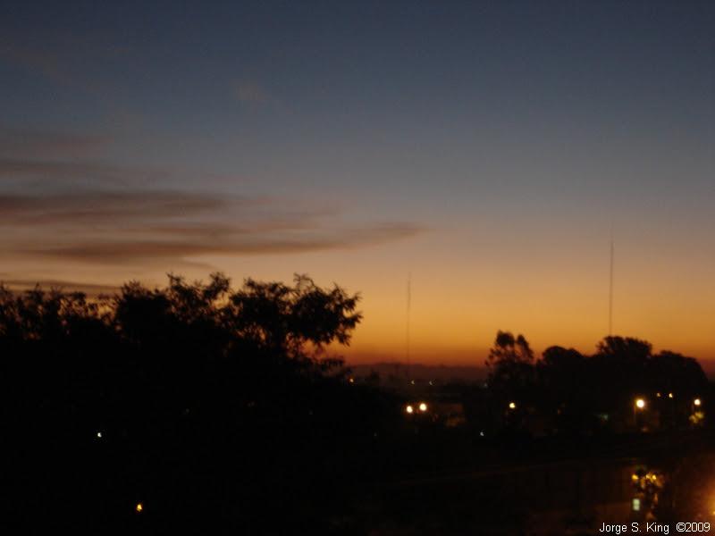 Cerros y puesta