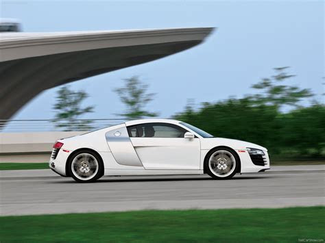 Audi R8 (2008)   picture 8 of 27