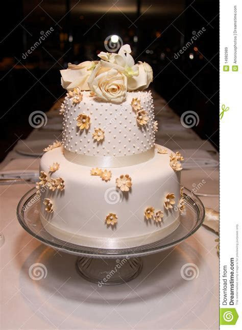 Little Classic Wedding Cake   2 Royalty Free Stock Images