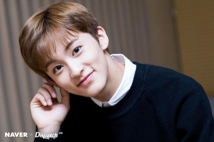 00 Line Kpop Idols Ezu Photo Mobile