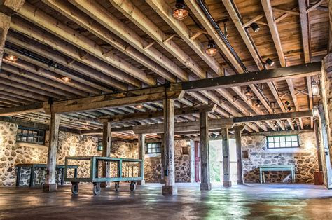 Milwaukee?s Rustic Wedding Venues   Chef Jack's Catering