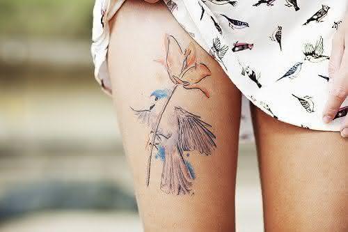 tatuagem-feminina-grande-na-perna