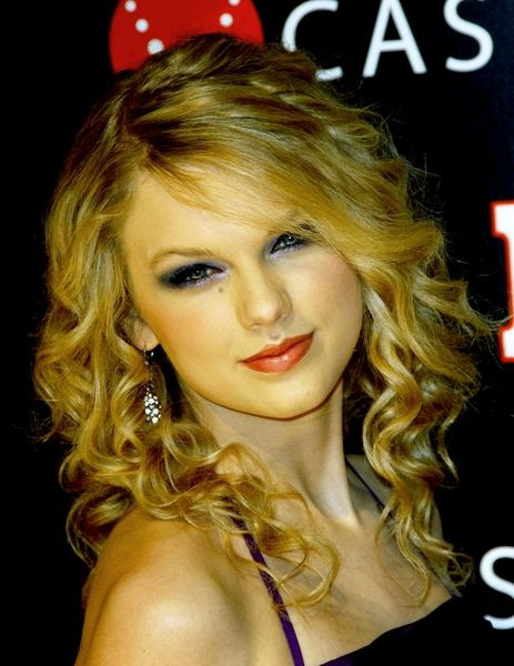 taylor swift teardrops on my guitar album cover