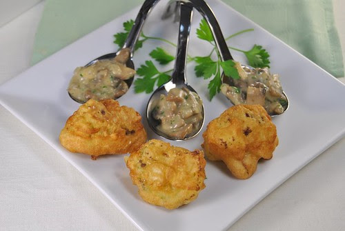 Fried cauliflower and Mushroom sauce