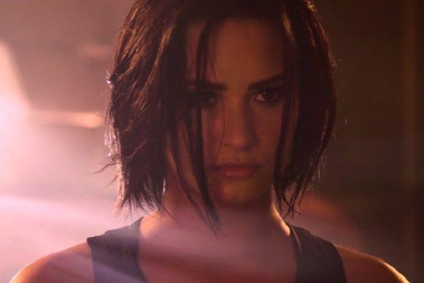 Demi Lovato : Confident (Video) photo demi-lovato-confident.jpg