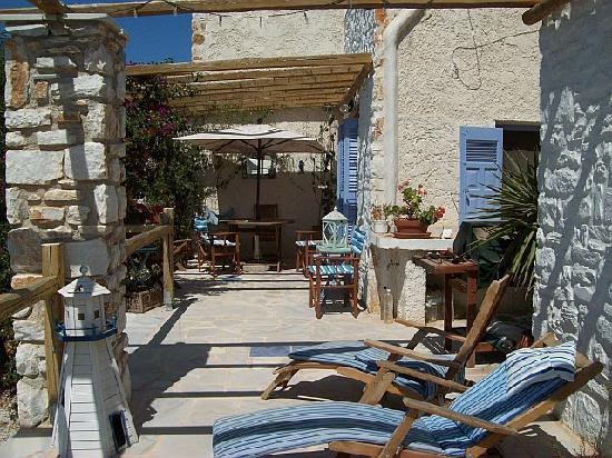 paros-hospitality-villas