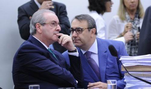 Família apela e defesa fica, mas dá ultimato a Cunha