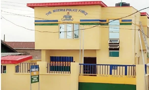 Lagos DPO loses his official gun after allegedly having s*x over night with his lover inside his office