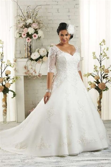 Shopping For A line V neck Half Sleeve Lace Chapel Train