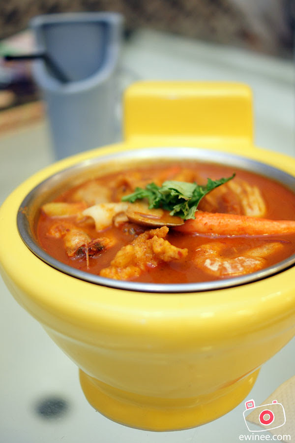 TOILET-BOWL-RESTAURANT-SUNWAY-PYRAMID-4