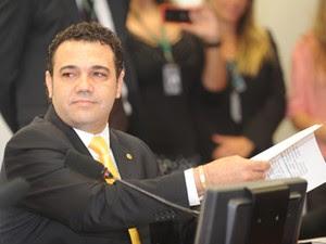 O deputado Pastor Marco Feliciano (PSC-SP), durante primeira reunião em que presidiu a Comissão de Direitos Humanos (Foto: José Cruz/ABr)