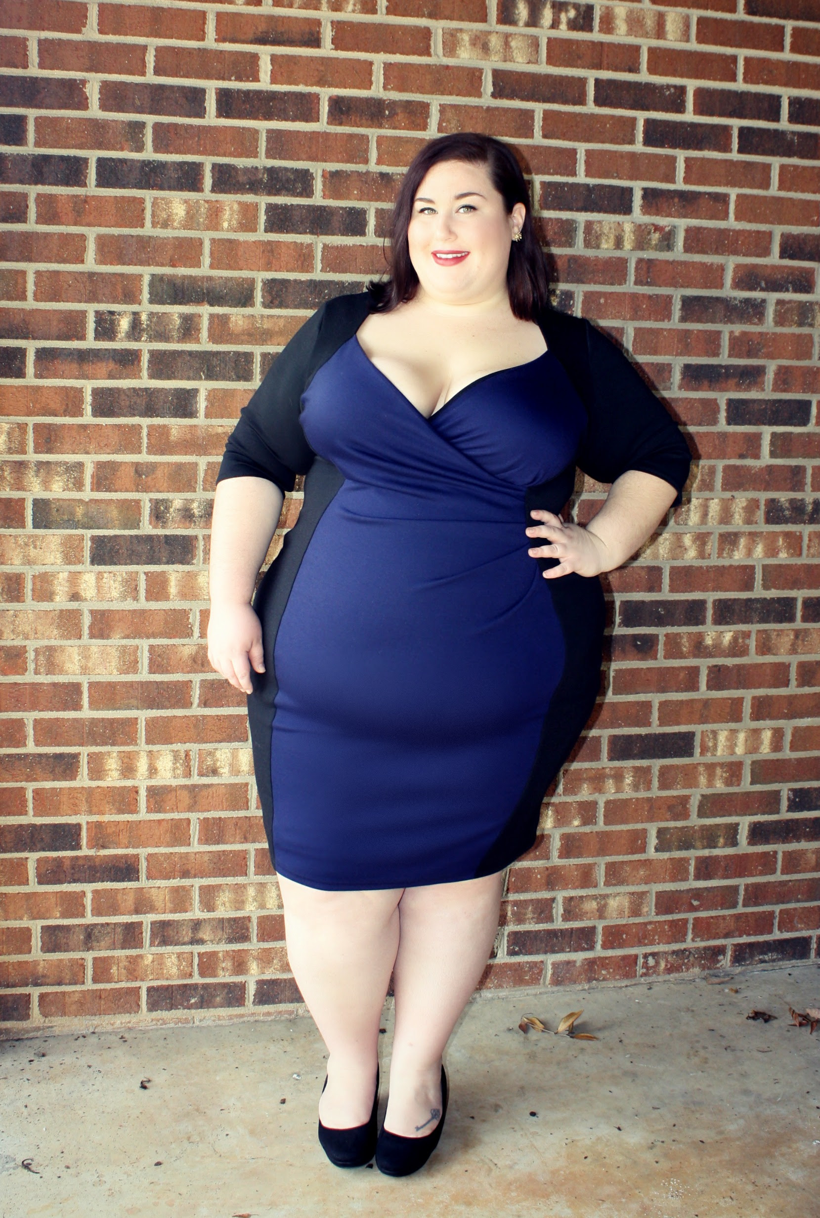 what type of dress is best for plus size women 2018