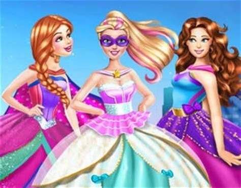Play Free Super Barbie Wedding Dress Up