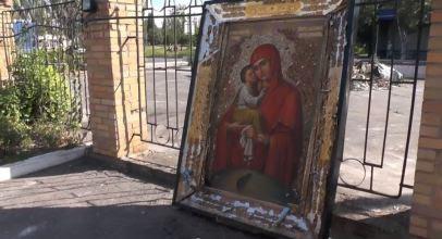 Παναγία του Ποτσάεφ διασώθηκε πό τον βομβαρδισμένο ναό του Αγίου Ιωάννη της Κροστάνδης στην περιοχή του Ντονέτσκ