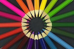 Colouring pencils Français : Crayons de couleu...