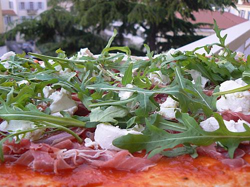 pizza roquette.jpg