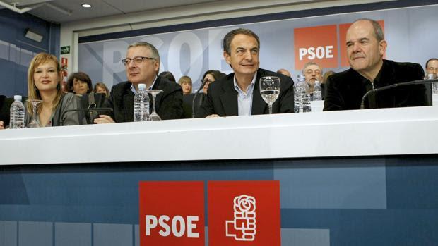Leire Pajín, Pepe Blanco, Rodríguez Zapatero y Manuel Cháves en 2010
