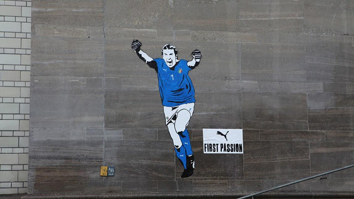 A Berlino Un Nuovo Murale Di Buffon Ecco Le Foto Corriere Dello Sport