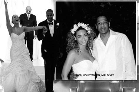 Pregnant Beyonce shares incredible honeymoon snap with Jay