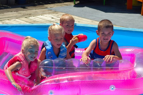 Lindsey, Sydney, William and Ryan at Aunt Sherri's house