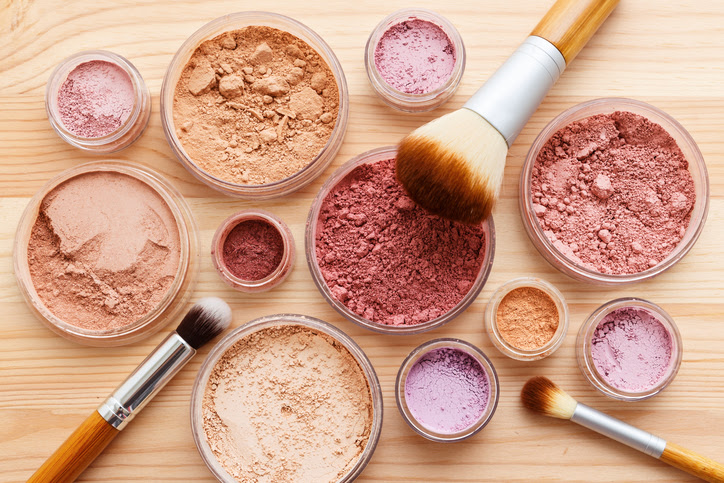 What's In Mineral Makeup?   Daily Vitamina