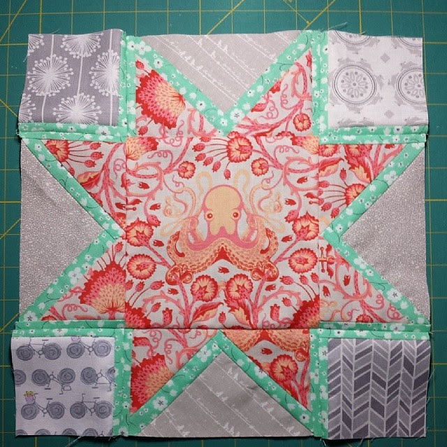 #crazytwistedquilters #tulapink A star to start me out.