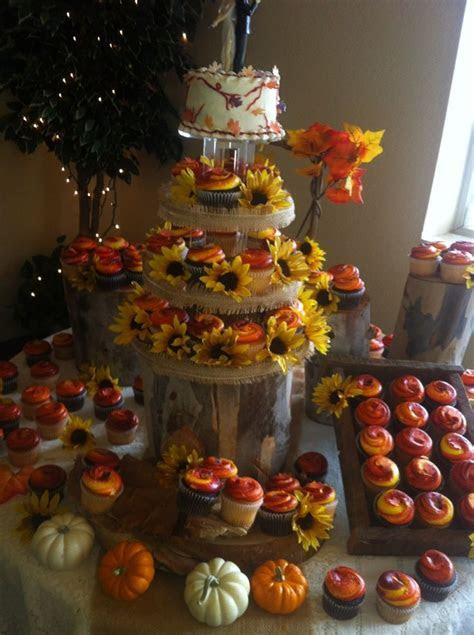 Best 20  Wedding cupcake towers ideas on Pinterest