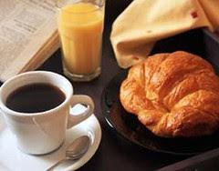 cafe_croissant[1]