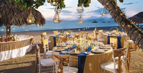Browse Our Wedding Themes Gallery   Beaches