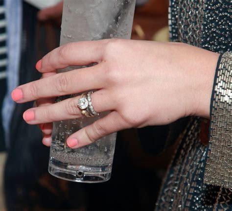 Brooklyn Decker Engagement Ring   Brooklyn Decker Looks
