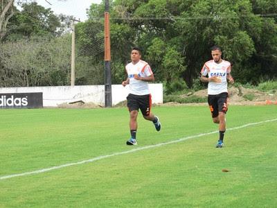 Digão e Paulinho Treino do Flamengo (Foto: Thales Soares)