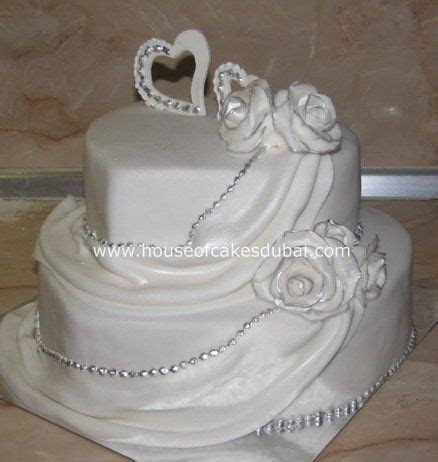 25  best ideas about Heart Shaped Wedding Cakes on
