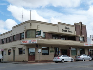 Bair's Otago Hotel, Leongatha