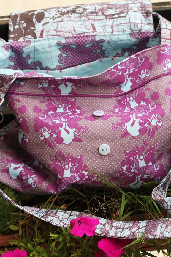Rabbit wallpaper bag inside