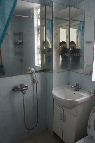 トイレ+シャワールーム